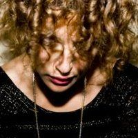 Buy your Annie Mac tickets