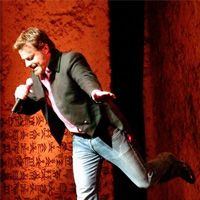 Buy your Eddie Izzard tickets